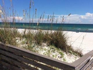 Making new family memories/pet friendly, Pensacola Beach