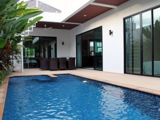 Tranquil Private 3br Pool Villa (IV1-V11)