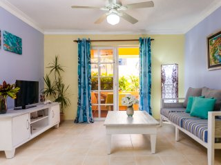 Florisel C101 - Stone throw from the beach, Punta Cana