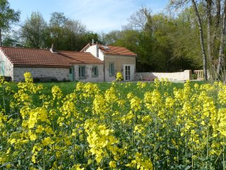 Charming Cottage on the countryside near Dijon, Burgundy, Arceau