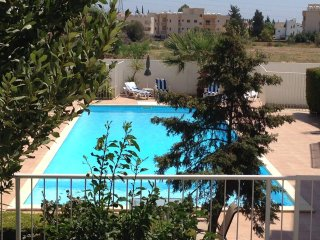 Lovely Holiday Apartment, Oroklini