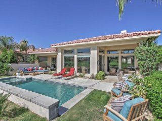 4BR La Quinta Home w/ Private Pool & Jacuzzi!