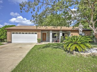 4+ Star 3BR Orlando Area Home w/ Pool & Porch!