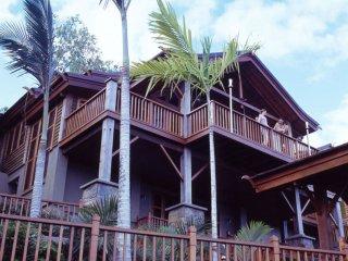 Villa Empat Puluh Dua - 7 Bedrooms with Views