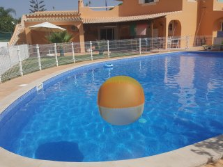 Private big pool (15X10meters) Available for guests.