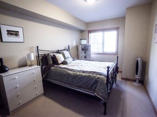 Spacious 3 Bedroom, Canmore
