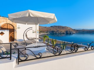 Lindos Shore Boutique Villa with panorami sea view