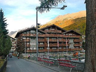 Nice apartment in Zermatt w/ Sauna, Indoor swimming pool and WiFi