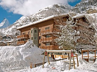 Nice apartment in Zermatt w/ Sauna, Indoor swimming pool and WiFi