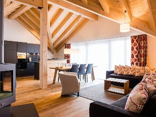 4 bedroom Apartment in Engelberg, Central Switzerland, Switzerland : ref 2241826