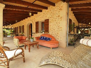 8 bedroom Villa in Costitx, Mallorca, Mallorca : ref 2242256