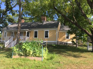 1731 Historic Farm House in Prime Location, Providence