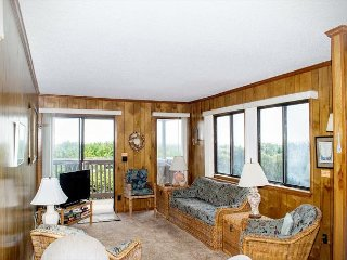 2 BR, 2 BA Oceanfront condo in Atlantic Beach!