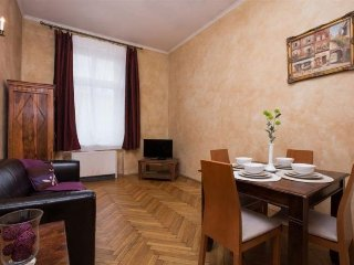 Colonial 2 - 016536, Cracovia