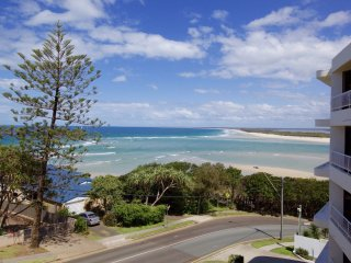 The Apartments Unit 7 Kings Beach QLD