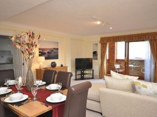 OCEA5 Apartment in Westward Ho, Fremington