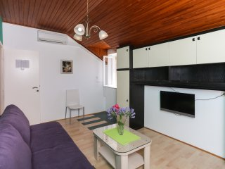 Guest House Katic- One Bedroom Apartment, Dubrovnik