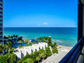 **Spring Promo** Modern Oceanfront Condo in Hollywood Beach with Breathtaking