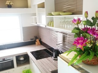 3BR Modern apartment in best area ★★★★★, Chiang Mai