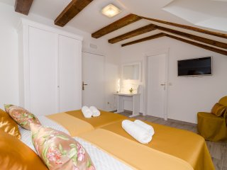 Rooms Sorgo Palace-Double or Twin Room (Amber), Ston