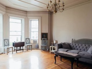 Furnished Studio Condo at Beacon St & Clarendon St Boston, Brookline