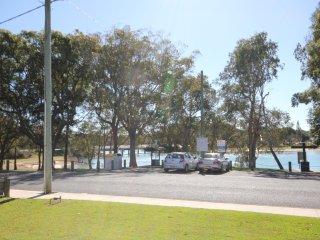 'AQUA COTTAGE'  16 Aqua Cres, Lake Cathie