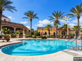 Ariel's Grotto- 4 Bedroom Regal Palms Townhome
