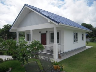 Blue Roof Bungalow in Meeresnahe fur 1 - 4 Personen