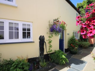 Pear Tree Cottage, Appledore