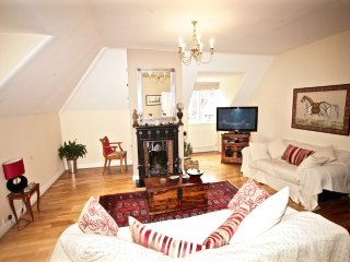 Fabulous Period Apartment- Wimbledon Village