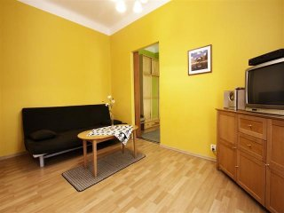Senator 6 apartment in Stare Miasto with WiFi.