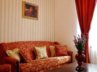Queen And Jester apartment in Stare Miasto with WiFi.