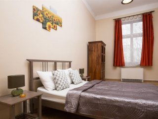 Cracovia 1 apartment in Kazimierz with WiFi & lift., Krakow