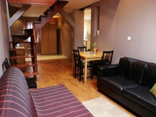 Cracovia 5 apartment in Kazimierz with WiFi, airconditioning & lift., Krakow