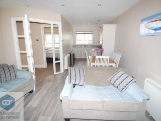 Causeway Coast Rentals - Sea Bank