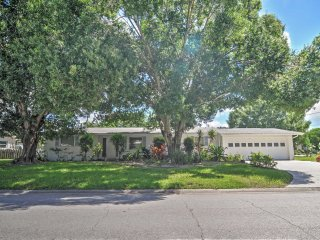 Spacious 2BR Sarasota Home w/Private Pool!