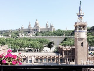 Unique Scenic Top Floor Apartment in the city centre with terrace, Barcelona