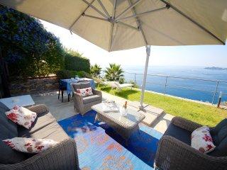 SUITE DOLCEVITA 1BR-patio&garden by KlabHouse, Zoagli