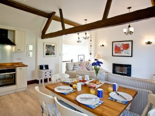 Oak Cottage, Sidmouth located in Sidmouth, Devon