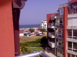 1-bedroom apartment with seaview near the beach