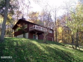 Simple, comfortable home in Galena Territority