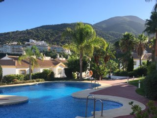 Fantastic apartment with pool and stunning views, Alhaurín el Grande