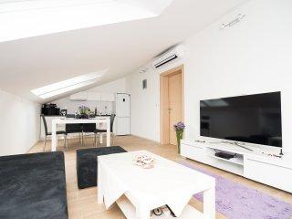 Apartments Marieta - Two-Bedroom Apartment A4+1