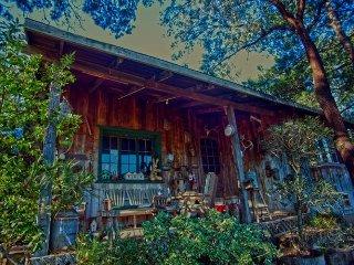 Rustic Pai Pai cabin at Rancho Callado