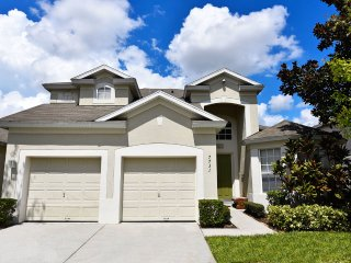 Windsor Hills Luxury 5 bedroom in gated resort, Kissimmee