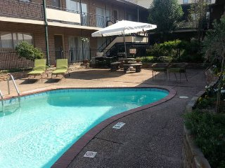 Condo near Medical Center and 2017 Super Bowl, Houston