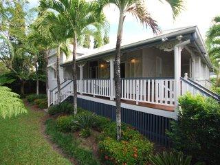 Sans Souci - 3 Bedroom House in a Tropical Landscape, Port Douglas