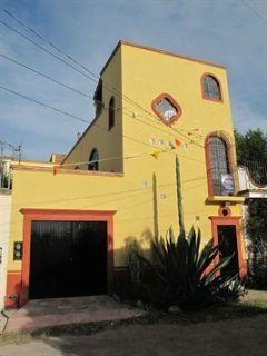Beautiful Spacious 1 Bedroom Apartment in Centro, El Santuario