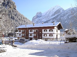 1 bedroom Apartment in Canazei, Trentino-Alto Adige, Italy : ref 5061617
