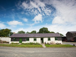 42890 Cottage in Laugharne, Llanboidy